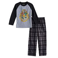 Boys 7-16 Harry Potter Hogwarts 2-Piece Pajama Set