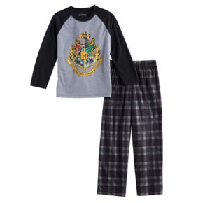 Boys 7-16 Harry Potter Hogwarts 2-Piece Pajama Set