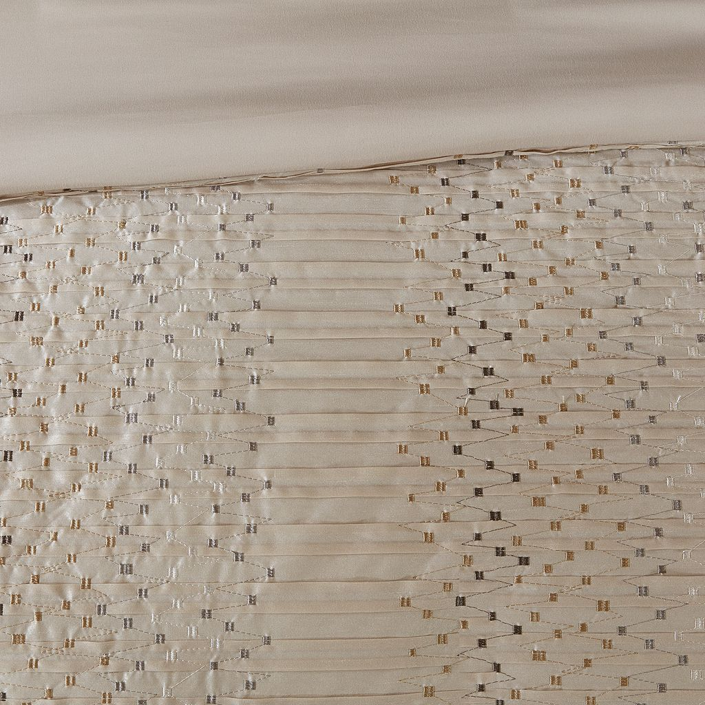 Madison Park Iris Embroidered Duvet Cover Set
