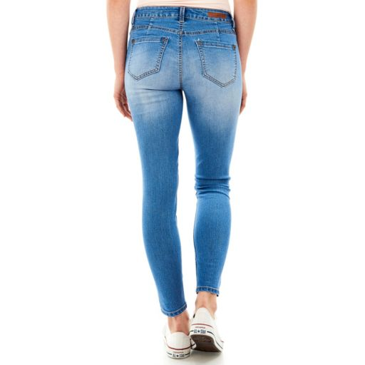 Juniors' Wallflower Embroidered Ankle Skinny Jeans