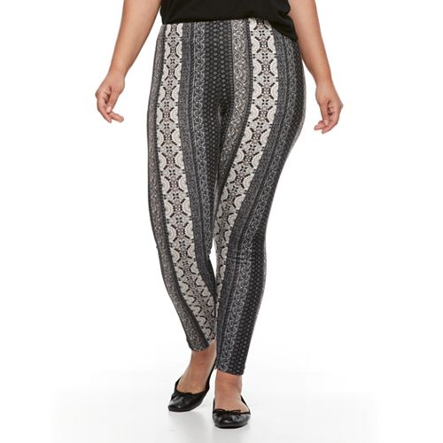 Plus Size French Laundry Holiday Printed Legging