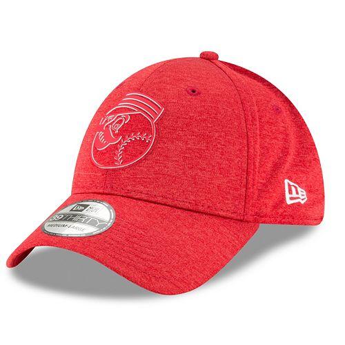 Men's New Era Cincinnati Reds Shadow Tech Heathered Cap