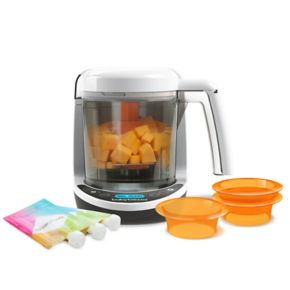 Baby Brezza Food Maker Complete with Reusable Food Pouches