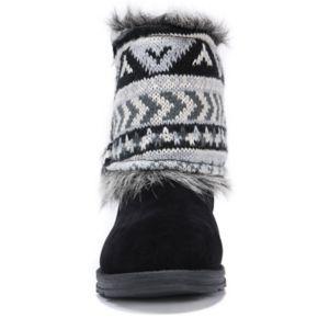 MUK LUKS  Reverse Patti Women's Water Resistant Winter Boots