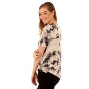 Juniors' Wallflower Lace-Front Swing Tee
