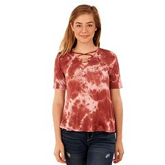 Juniors' Wallflower Lace-Front Swing Tee