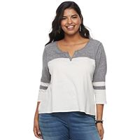 Juniors' Plus Size SO® Varsity Tee