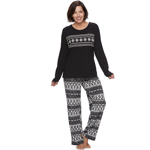 cf1939f6c4 Women s Croft   Barrow® Pajamas  Tee   Fleece Pants PJ Set