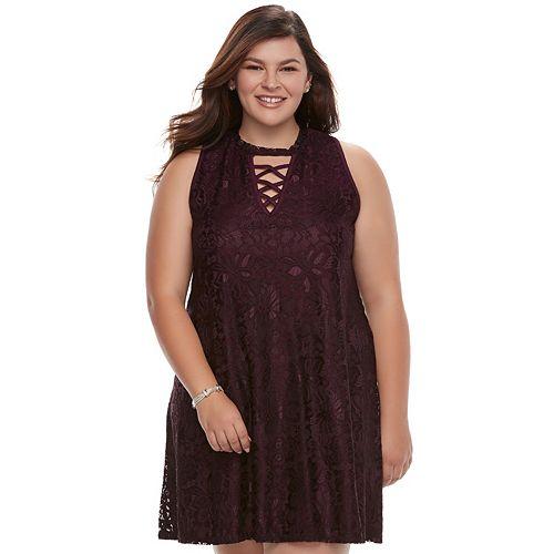 Juniors\' Plus Size Liberty Love Lace Shift Dress