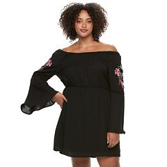 Juniors' Plus Size Lily Rose Applique Off-the-Shoulder Dress