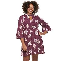 Juniors' Plus Size Lily Rose Bell Sleeve Shift Dress