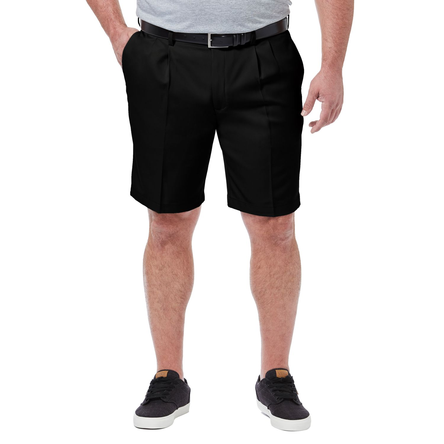 Haggar Mens Cool 18 Pro Straight Fit Stretch Solid Pleat Front Short Pleated Shorts