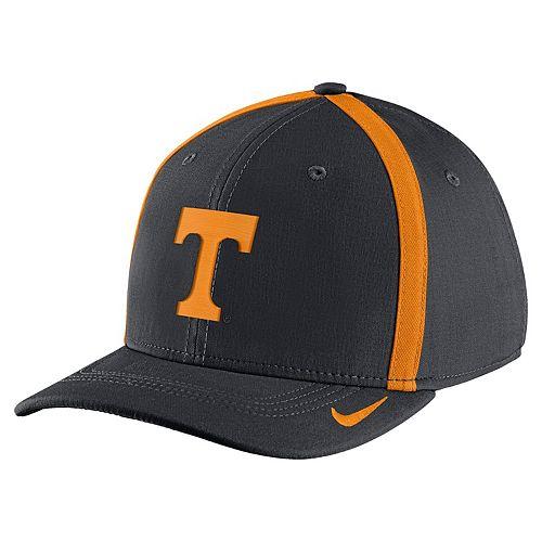 Adult Nike Tennessee Volunteers Aerobill Sideline Cap