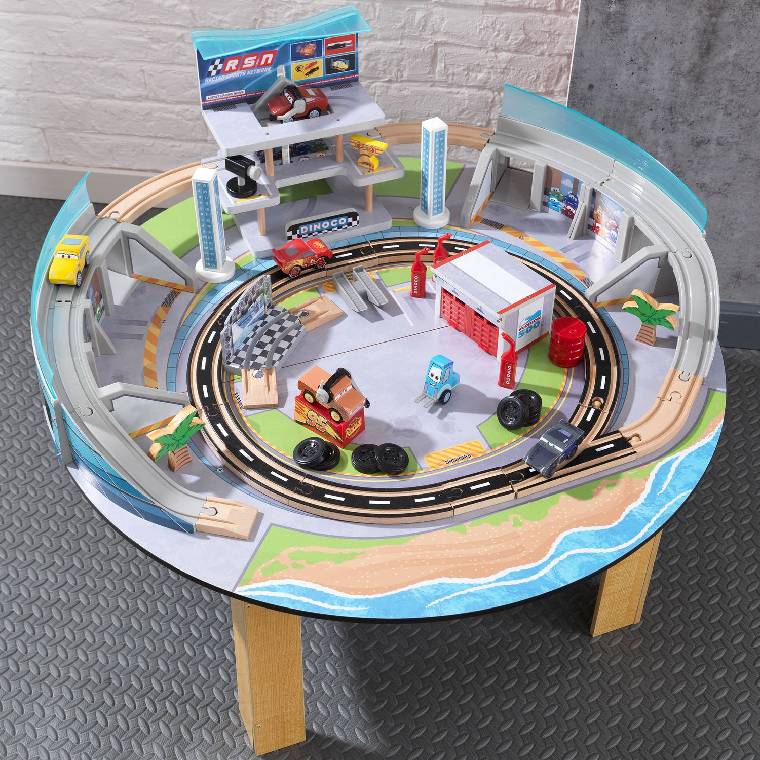 Image Of Cars Racetrack Set And Table REVIEW Disney Cars Radiator ...