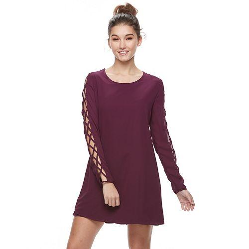 Juniors' Liberty Love Lace-Up Sleeve Shift Dress