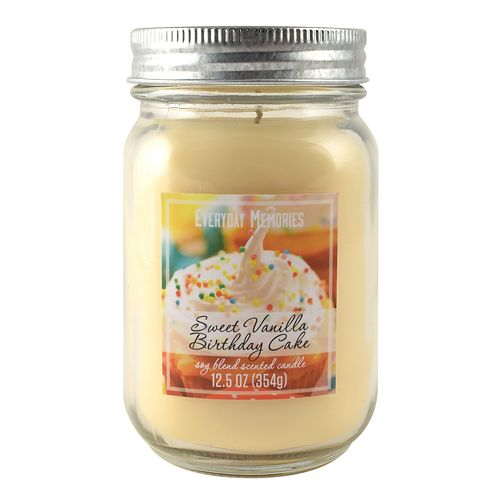 Everyday Memories Sweet Vanilla Birthday Cake 125 Oz Candle Jar
