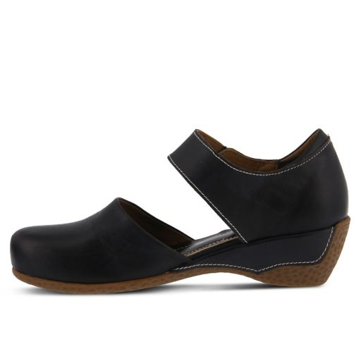 L'Artiste by Spring Step Gloss Women's Mary Jane Shoes