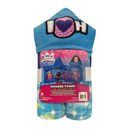 """Hatchimals """"Laugh & Love"""" Hooded Towel by Spin Master"""