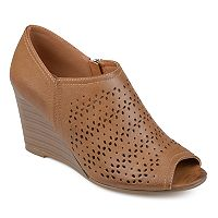 Journee Collection Britny Women's Wedges