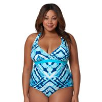 Plus Size Pink Envelope Macramé One-Piece Swimsuit