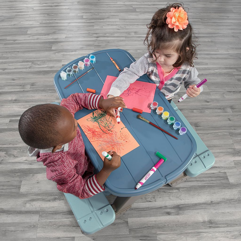 Step2 Picnic & Play Table Set