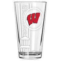 Wisconsin Badgers Etched Pint Glass