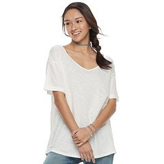 Juniors' Awake Slouchy V-Neck Tee