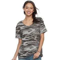 Juniors' Awake V-Neck Boyfriend Tee