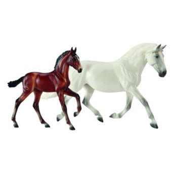 Breyer Traditional Series Fantasia Del C and Gozosa SCS Horse Set