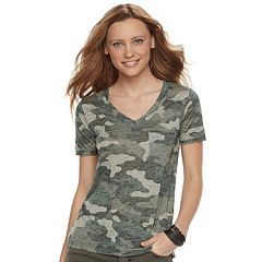 Women's Rock & Republic® V-Neck Tee