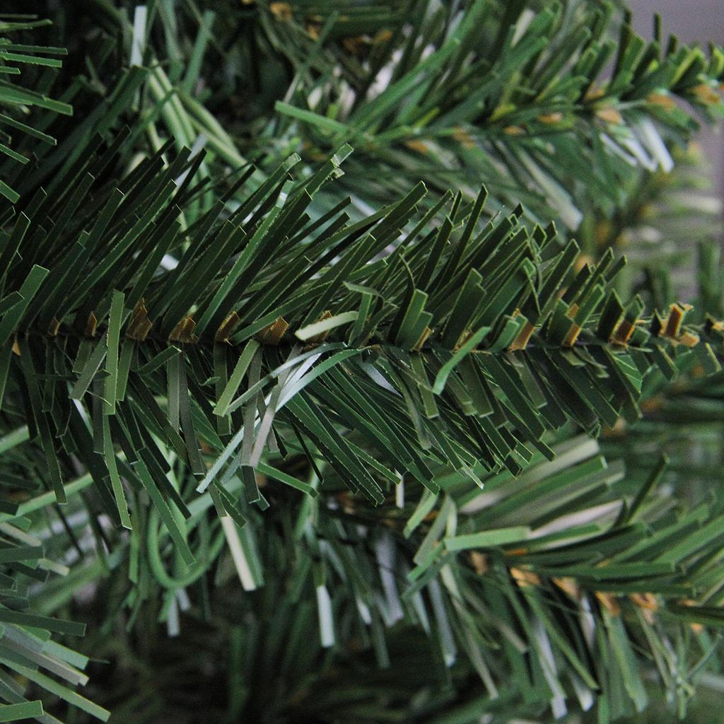 Northlight 7.5-ft. Buffalo Fir Artificial Christmas Tree