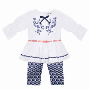 Girls 4-6x Little Lass Embroidered Peasant Top & Print Capris Set