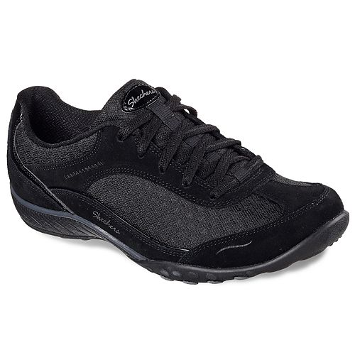 Skechers Relaxed Fit Breathe Easy Simply Sincere Women's Walking Shoes