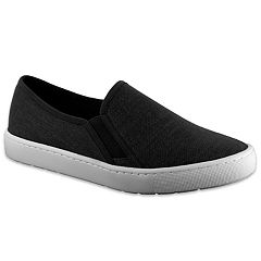 Easy Street Plaza Women's Shoes