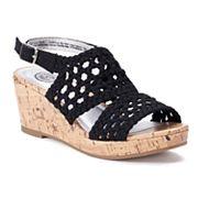 SO® Entertainer Girls' Wedge Sandals