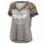 "Women's Realtree ""Born For Adventure"" Oversized Graphic Tee"