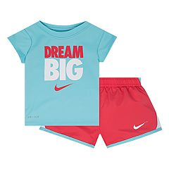 Baby Girl Nike 'Dream Big' Graphic Tee & Shorts Set