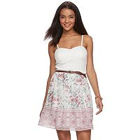 Juniors' Lily Rose Belted Floral Dress