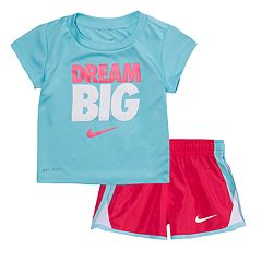 Toddler Girl Nike 'Dream Big' Tee & Shorts Set