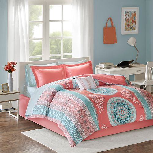 Intelligent Design Eleni Bedding Set