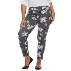 Plus Size Utopia by HUE Delicate Rose Print Leggings