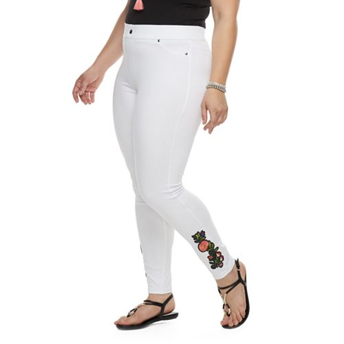 Plus Size Utopia by HUE Buttercup Embroidered Patch Leggings