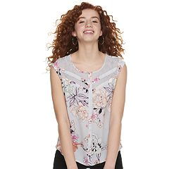 372d07ba3db Juniors  Candie s® Print Lace Inset Top