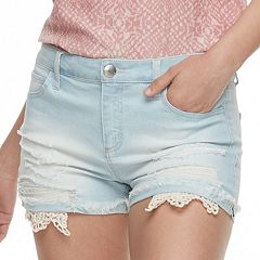 Juniors' Tinseltown Crochet Pocket Denim Shorts