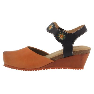 L'Artiste By Spring Step Glovely Women's Clogs