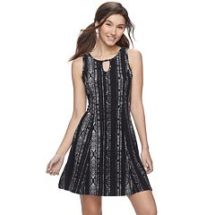 Juniors' Mudd® Print Keyhole Fit & Flare Dress
