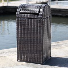 Safavieh Indoor / Outdoor 18 Gallon Wicker Trash Bin