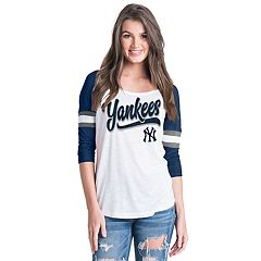 Women's New York Yankees Raglan Tee