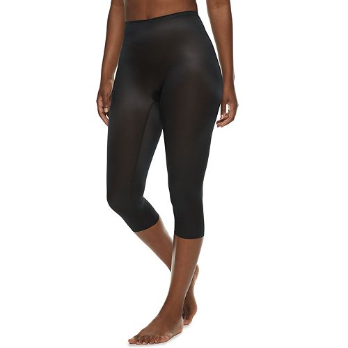 Red Hot by Spanx Smoothing Capri 10185R
