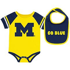 Baby Michigan Wolverines Roll-Out Bodysuit & Bib Set